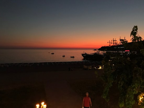 Ecclesia Boutique Hotel: The sunsets are wonderful