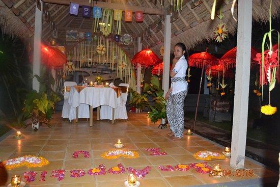 Subak Tabola Villa: Diner romantique