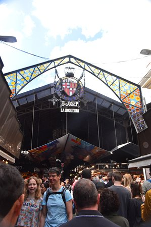 Mercat de la Boqueria: entrance to the Market