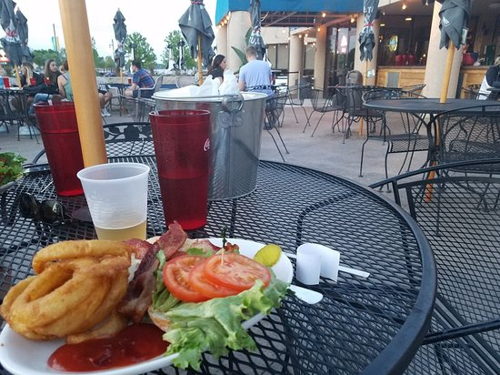 Vannelli's - club on patio - Forest Lake, MN