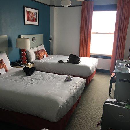 Hotel Carlton, a Joie de Vivre hotel: photo1.jpg