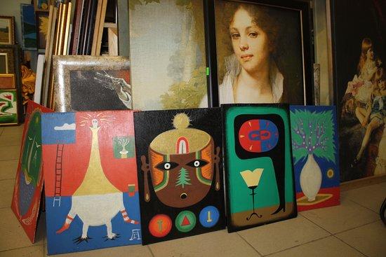 La Boheme Artistique: На фото картины Ижевского художника Александра Гермесова. Работы написаны на фанере акрилом.
