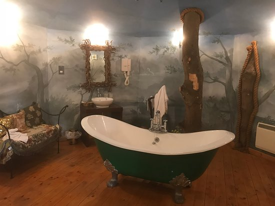 Letham, UK: Treehouse bathroom