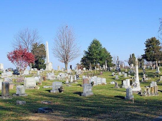 Winchester Cemetery: cemetery
