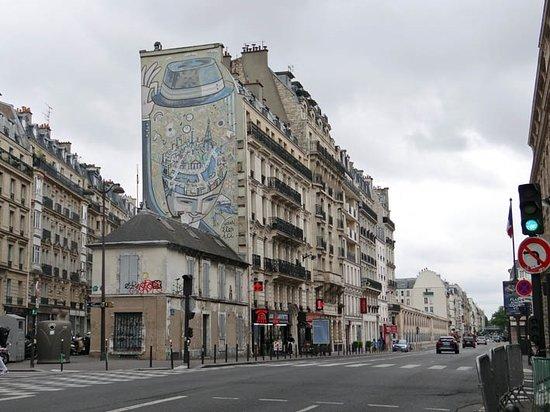 Fresque «Paris dans la tete»