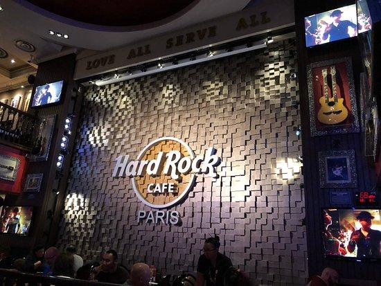 Hard Rock Cafe Paris: Innen