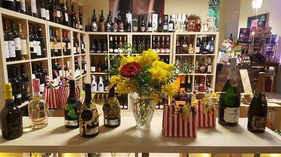 Sermide, Italia: La Bottiglieria