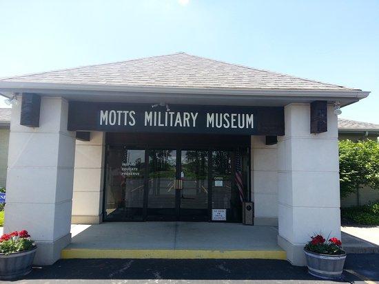 Groveport, Огайо: Motts Military Museum