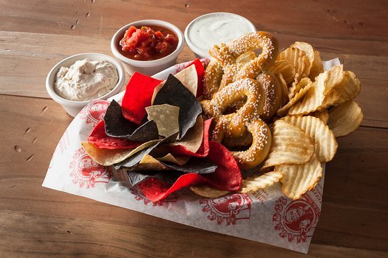 Bluefield, WV: Chips Dips & Things