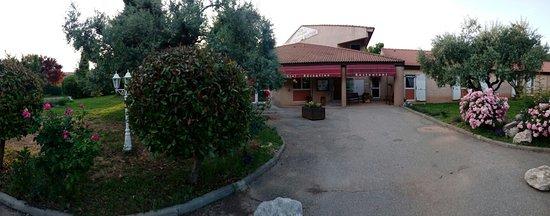 Oraison, France: IMG_20180526_202354_large.jpg