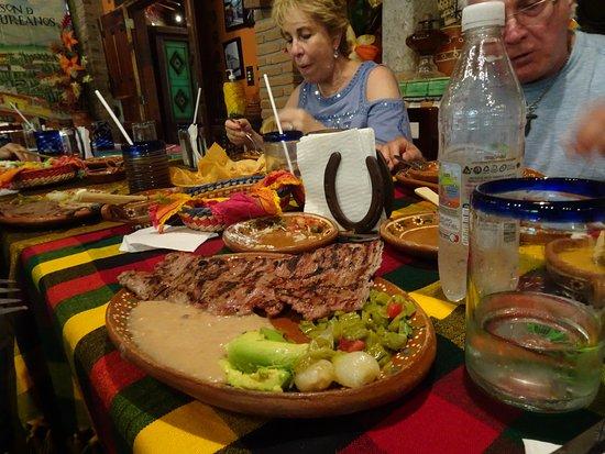 El Quelite, المكسيك: chicken