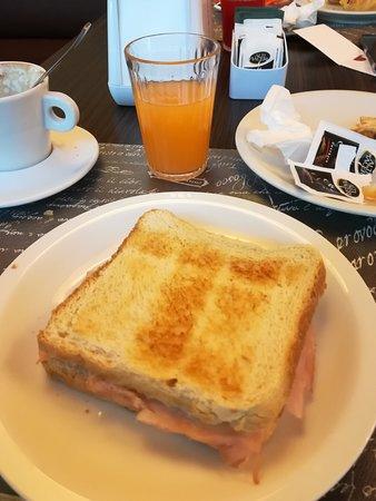 Cascina Scova: colazione