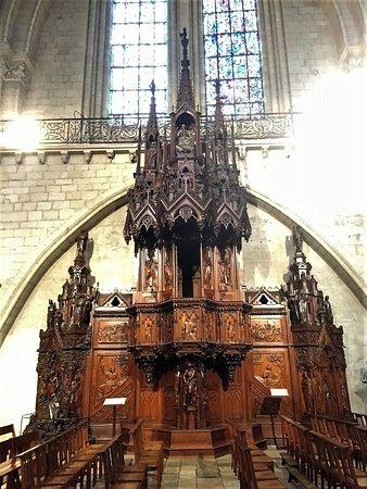 Cathedrale St-Maurice: Une cathédrale en restauration qui propose de très jolies choses à voir
