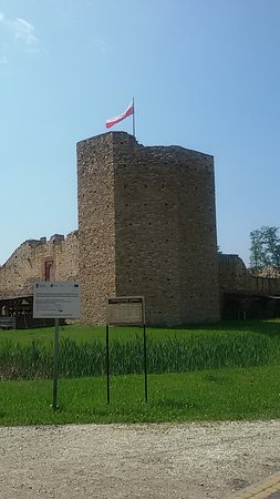 Zamek w Inowłodzu: Wieża zamkowa