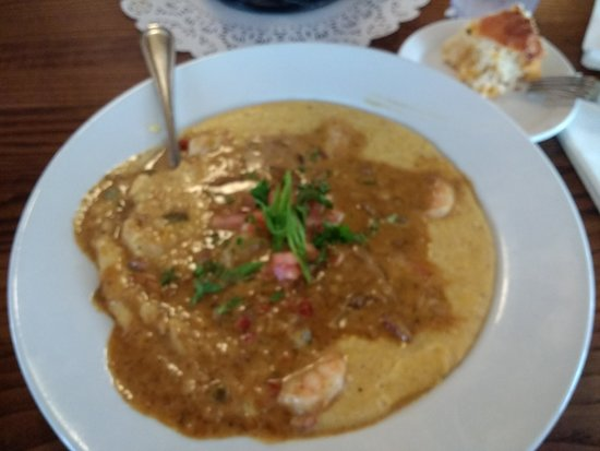 Lady & Sons: shrimp and grits with tasso ham