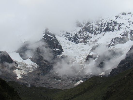 Mystic Journeys Peru: The snowcap Andes along the Salkantay Trail