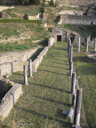 Teatro Romano (Roman Theater & Baths) : particolari