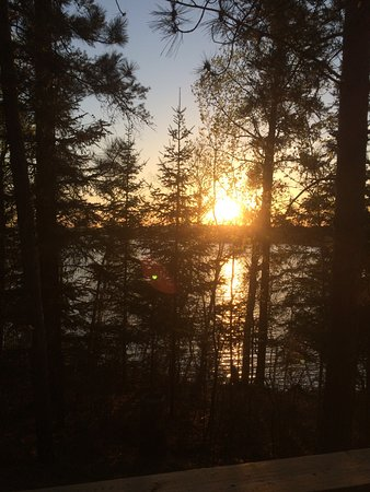 Northern Lights Lodge: Sunset View from Cabin #4
