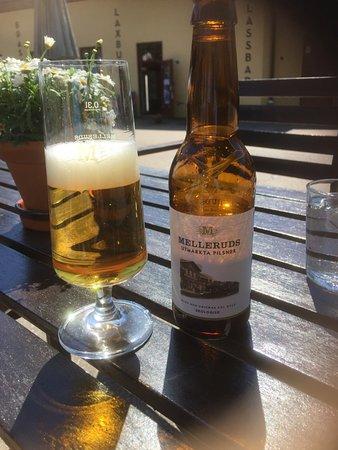 Mellerud, Sweden: lokaal heerlijk biertje