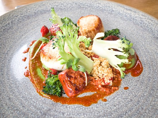 The Woodspeen: Roasted Scallops, Chorizo, Broccoli and Red Pepper