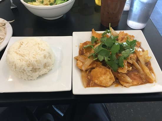 Chicken And Lemongrass Picture Of Pho 3 Mien Lemoyne Tripadvisor