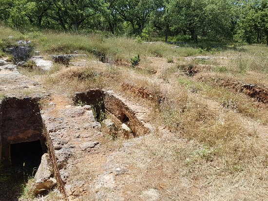Armeni, Greece: Late Minoan Tholos Tomb