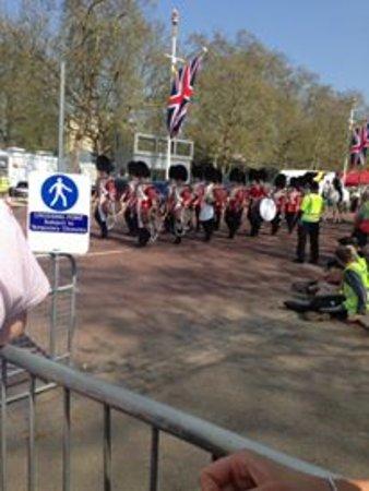 SANDEMANs NEW Europe - London: Cambio de guardia