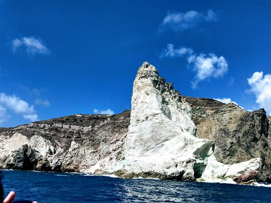 Private Catamaran Sailing in Santorini with BBQ Meal and Drinks: White Beach
