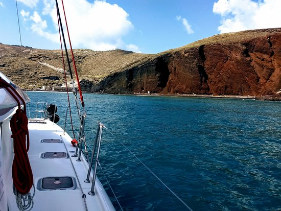 Private Catamaran Sailing in Santorini with BBQ Meal and Drinks: Red Beach