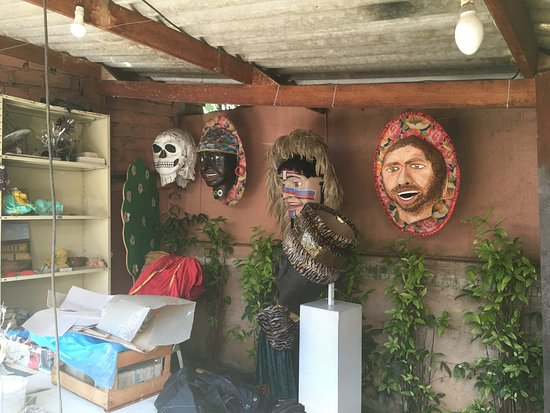Santana de Parnaiba, SP: Carnival Items