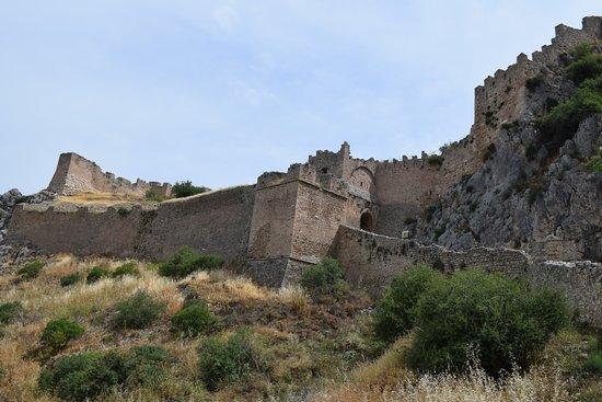 Korinthos Taxi Transfers: La fortezza di ACROCORINTO