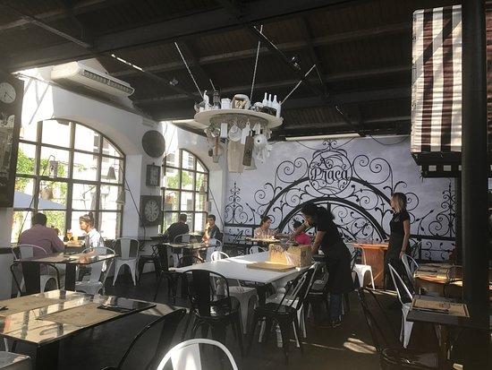 Restaurante A Praca : A praça