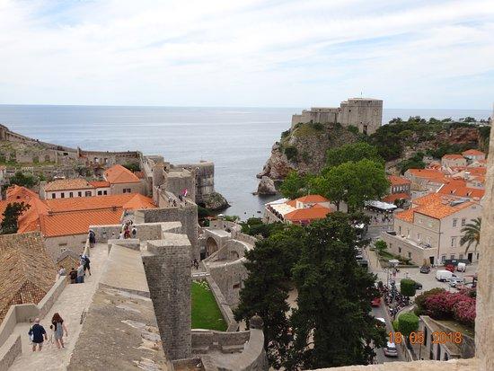 Τείχη Αρχαίας Πόλης: View from the wall.