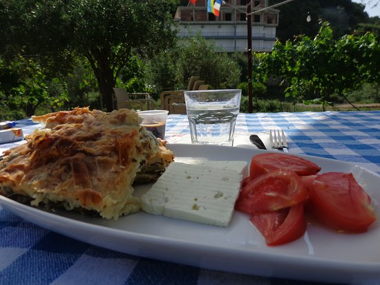 Solive: breakfast (homemade burek)