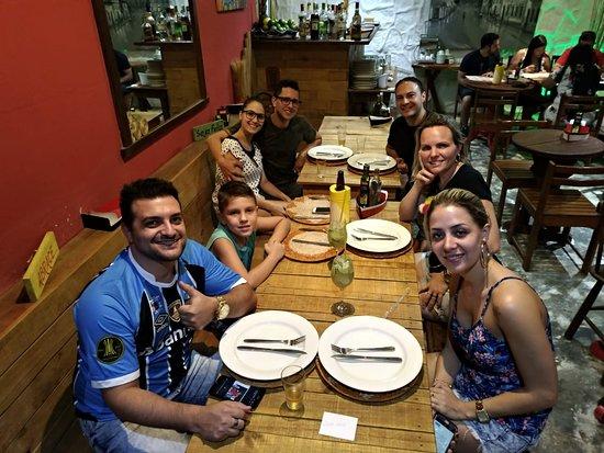O Borges: Lugar incrível, comida maravilhosa, atendente Patrícia maravilhosa...tudo de bom, super indicamo