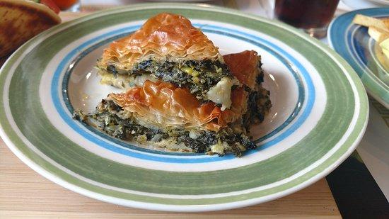 Zorbas Greek Restaurant & Buffet: Spanakopita (spinach)