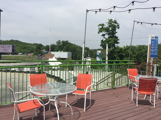 Chester, NY: Zip line from patio of Jester Restaurant