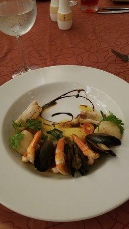 Panama Jack Resorts Cancun : Fancy looking dish, but taste horrible.