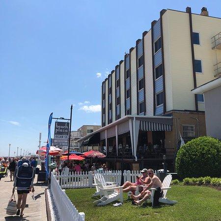 Beach Plaza Hotel: photo1.jpg