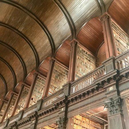 Trinity College Dublin: photo1.jpg