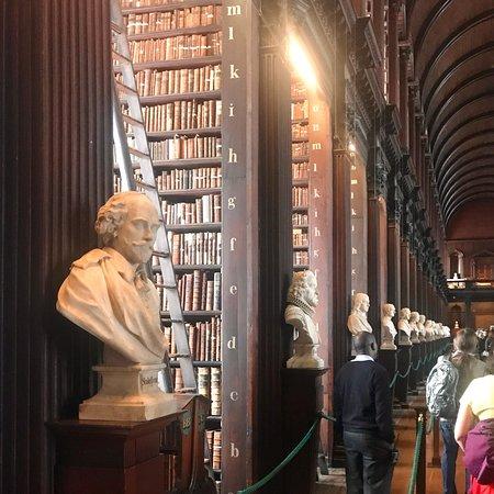 Trinity College Dublin: photo3.jpg