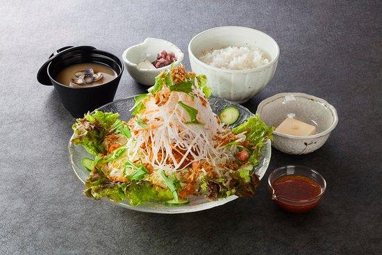 Marukatsu: サラダかつ定食