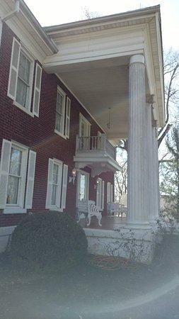 Auburn, KY: Federal Grove