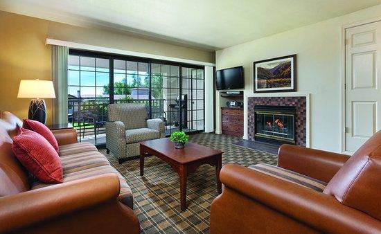 Nice, CA: Guest room