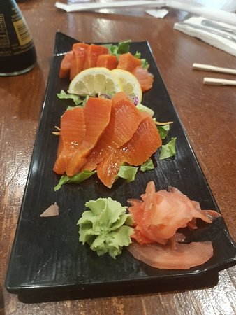 Red Fin Sushi & Grill