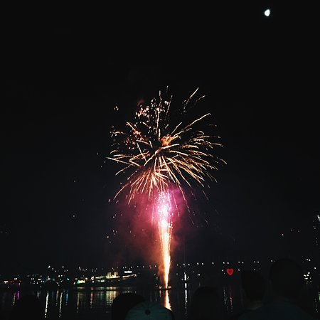 during summer there's regular fireworks shows in Darling Harbour