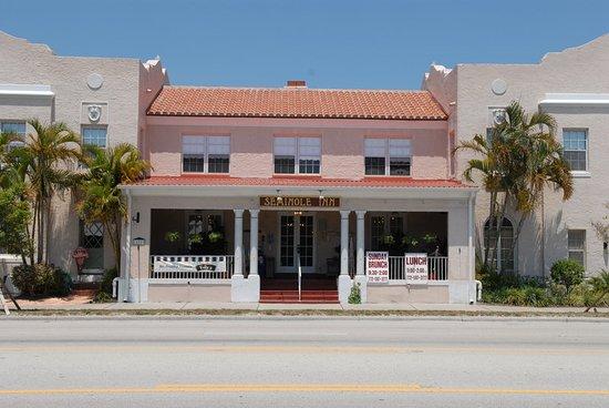 Indiantown, FL: Exterior