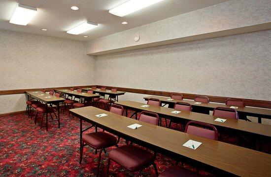 Elk River, MN: Meeting room