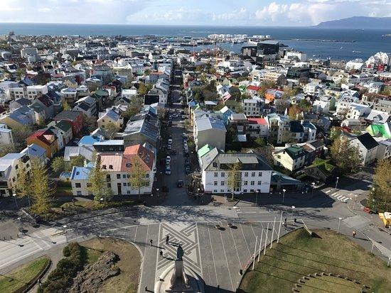 Hallgrimskirkja: View from the top.