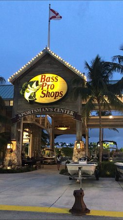 Bass Pro Shops Outdoor World